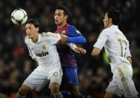 "С точен пас Месут Йозил изведе Кристиано Роналдо в отлична позиция за победния втори гол на ""Рела"" esportsinfo.com"