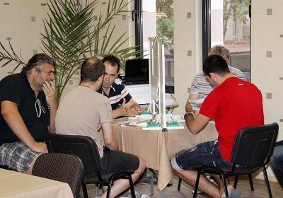 В надпреварата се включват повече от 80 двойки и 40 отбора.  Снимка stzagora.net