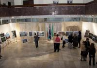 Фотосите ще останат във фоайето на Общината до 25 октомври.  Снимка Община Стара Загора