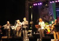 Осмината музиканти от звездния проект на Теодосий Спасов вдигнаха публиката на крака. Снимка Aspekti.info