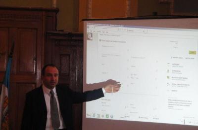 Системата е тествана да издържи до 400 едновременно попълвани заявки онлайн, увери Стефан Стоянов.  Снимка Aspekti.info