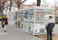 """Повече от 60 платна с проекти на 30 архитекти са включени в изложбата. Снимка <a href=""""http://www.burgas.bg/"""">Община Бургас</a>"""