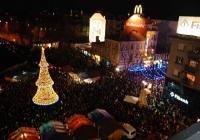 """Празничната подготовка и украса на Бургас тази година започна още в началото на ноември. Снимка <a href=""""http://www.burgas.bg/"""">Община Бургас</a>"""