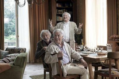 """Съзвездие от велики актьори блести във френско-немската продукция """"А защо да не живеем заедно""""."""