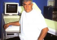 Д-р Петър Илиев емигрира в Швейцария през 1970 г., специализира ангиология и съдова хирургия и основава клиника в Базел.