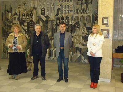 Художниците Михаил Заимов и Димитър Ненкин откриха изложбата.  Снимка Община Асеновград