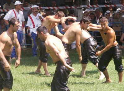 Традицията за организирането на пехливански борби води началото си от столетия.  Снимка bg.wikipedia.org