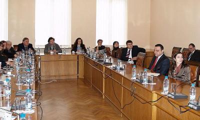 Главни редактори на национални печатни и електронни медии се събраха на среща в транспортното министерство.  Снимка МТИТС