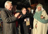 """Конкуренцията в конкурса за най-добро домашно вино и тази година бе голяма. Снимка <a href=""""http://www.assenovgrad.com"""">Община Асеновград</a>"""