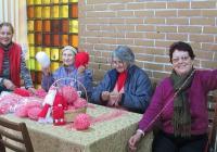 """Желаещите да помогнат могат да се включат на място в пенсионерския клуб в блок 46. Снимка Район """"Тракия"""""""