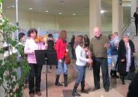 """Хората в кметството в """"Тракия"""" бяха приятно изненадани от артистичната атмосфера. Снимка Район """"Тракия"""""""