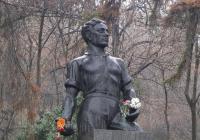 Паметникът на Апостола в Пловдив е в подножието на Бунарджика. Снимка Aspekti.info