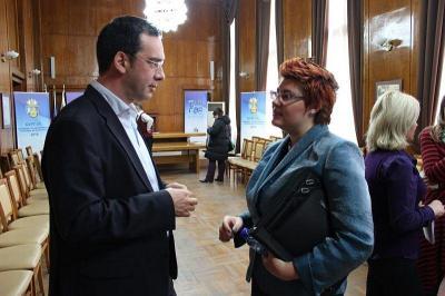 Новоучредената асоциация бе подкрепена и от най-младата българка, излагала в Лувъра и Народния музей във Варшава - Мирела Караджова.   Снимка Милица САВАНОВИЧ