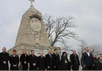 Директорът на Регионалния исторически музей Стефан Шивачев произнесе слово пред Руския паметник на Бунарджика. Снимка ГЕРБ - Пловдив област