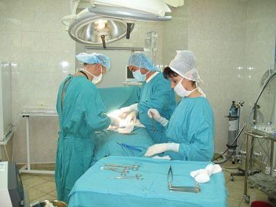 """Хирурзите ще използват иновативен и уникален за България метод.  Снимка УМБАЛ """"Свети Георги"""" (архив)"""
