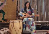 """""""Виолета се възнесе"""" пресъздава историята на чилийската поп икона Виолета Пара."""