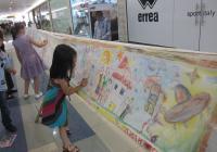 Малчуганите вложиха много старание в рисунките си. Снимка Катя Стайкова