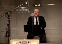 """Антъни Хопкинс се превъплъщава в ролята на знаменития режисьор в """"Хичкок""""."""