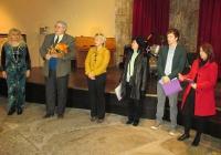 """Участниците в проекта получиха сертификатите си в Културен център """"Тракарт""""."""
