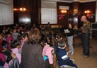 """Някои от децата рецитираха свои любими стихчета. Снимка <a href=""""http://www.assenovgrad.com"""">Община Асеновград</a>"""