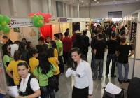 Интензивни преговори, атрактивни презентации  и много сделки се осъществяват по време на Международния панаир на тренировъчните фирми ТФ ФЕСТ.  Снимка Международен панаир - Пловдив