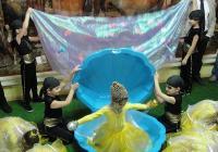Малки танцьори представиха своето виждане за природата при откриването на най-богатия на видове аквариум в Регионалния природонаучен музей в началото на тази година. Снимка © Aspekti.info (архив)