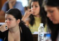 След днешния предварителен изпит по история утре в ПУ ще се потят кандидатите по химия и математика. Снимка actualno.com