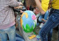 """Малките асеновградчани могат да се включат в боядисването на великденски яйца на градския площад. Снимка <a href=""""http://www.assenovgrad.com"""">Община Асеновград</a>"""