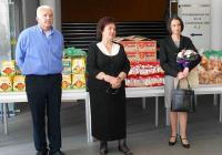 Министър Деяна Костадинова даде старт на благотворителната акция. Снимка Международен панаир - Пловдив