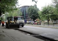 След полагането на нов водопровод ще започне асфалтирането на южното платно. Снимка © Aspekti.info