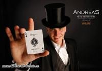 Маг Андреас ще забавлява гостите с артистичните си номера.
