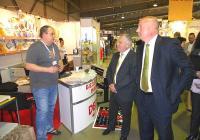 """Още при  откриването на """"ПринтКом 2013""""  интересът на посетителите бе голям. Изложението продължава до 18 май в Международен панаир Пловдив."""