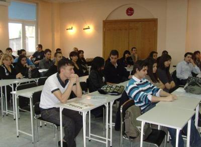Тазгодишните кандидат-студенти показват по-добри резултати на предварителните изпити.  Снимка e-plovdiv.com (архив)