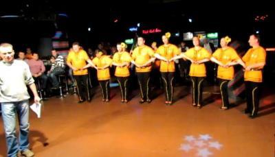 Инициативата стартира миналата година като съсезание между любителски клубове за народни танци.