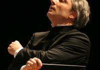 """Маестро Ди Мартино ще дирижира и гала концерта на 5 юли на Античния театър. Снимка <a href=""""http://lucianodimartino.com/"""">licianodimartino.com</a>"""