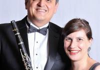 Кларинетистът ще си партнира на сцената с изтъкнатата пианистка Екатерина Тангърова.