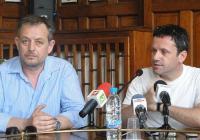 Михаил Билалов и Явор Гърдев не скриха задоволството си, че ще се представят пред пловдивска публика. Снимка © Aspekti.info