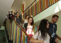 """В инициативата се включиха 6 студенти от Казахстан, Армения, Литва, Украйна и Хонконг.  Снимка Район """"Западен"""""""