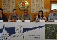"""Специален гост на първата пресконференция бе кметът на Асеновград Емил Караиванов (в средата), тъй като Общината е тясно свързана с организацията на спортното събитие.  Снимка <a href=""""http://www.assenovgrad.com"""">Община Асеновград</a>"""