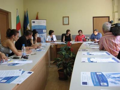 Партньорите по проекта разясниха подробно целите му на откриваща пресконференция в ПУ.