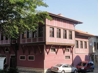 """""""Клианти"""" се намира в една от най-оживените части на Стария град, до Къщата на Ламартин.   Снимка © Aspekti.info"""