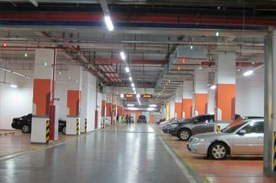 Системата ще отвежда шофьорите до най-близкото и удобно мясот за паркиране.