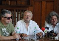 Тримата легендарни групари издадоха, че готвят специална изненада за пловдивчани. Снимка © Aspekti.info