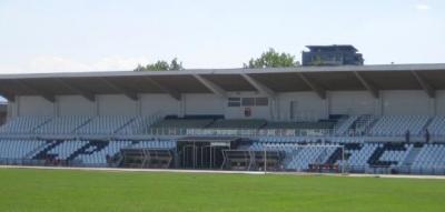 """Стадион """"Локомотив"""" е в много добро състояние, с изключение на северната трибуна, за която са осигурени средства.  Снимка lokomotivpd.com"""