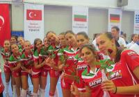 """""""Розите"""" бързо навлизат в необходимата спортна форма преди подновяване на волейболното първенство в женския елит."""