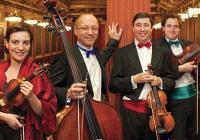 Албена Данаилова (първа цигулка), Раймунд Лиси (цигулка), Михаел Щрасер (виола), Йозеф Нидерхамер (контрабас).