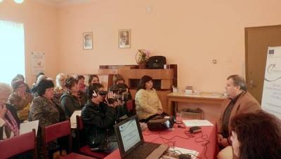 """Форумът събра в лекционната зала на местното Народно читалище """"Никола Вапцаров"""" представители на образователни институции и заведения, бизнеса, неправителствени организации, на програмата """"Глобални библиотеки"""" и на читалищата в общината, местната власт, граждани и медии."""