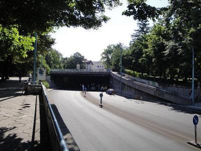Тази година ключовата улица в центъра на Пловдив бе основно ремонтирана.  Снимка © Aspekti.info (архив)