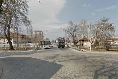 """Прелезът на жп линията на бул. """"Пещерско шосе"""" ще бъде затворен от 10 до 12 часа на 8 декември."""