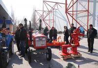 """Селскостопанската техника и инвентар привличат вниманието на голяма част от посетителите на изложението """"Агра"""" в Международен панаир Пловдив."""